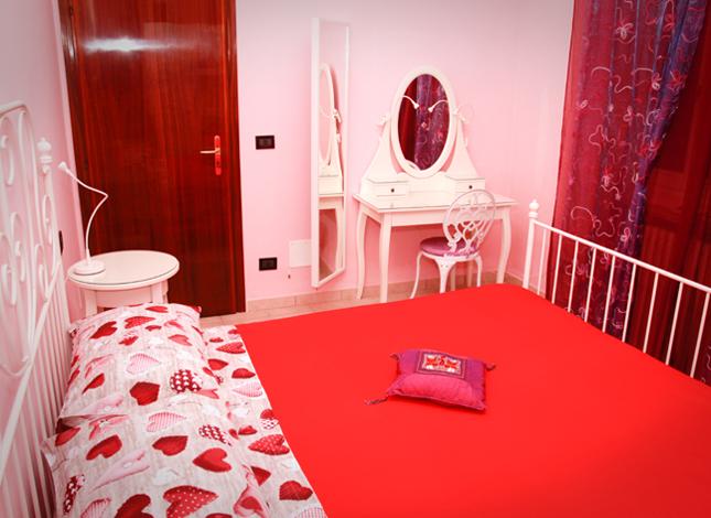 casa-delle-bambole-camera-letto