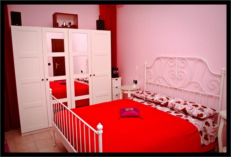 La casa delle bambole la camera da letto paprika for trav for Semplici piani casa 1 camera da letto